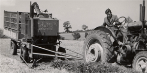 Black and white truck image 1941