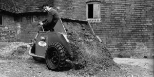15 cwt-capacity, two-wheel drive, reverse tip machine - 1951